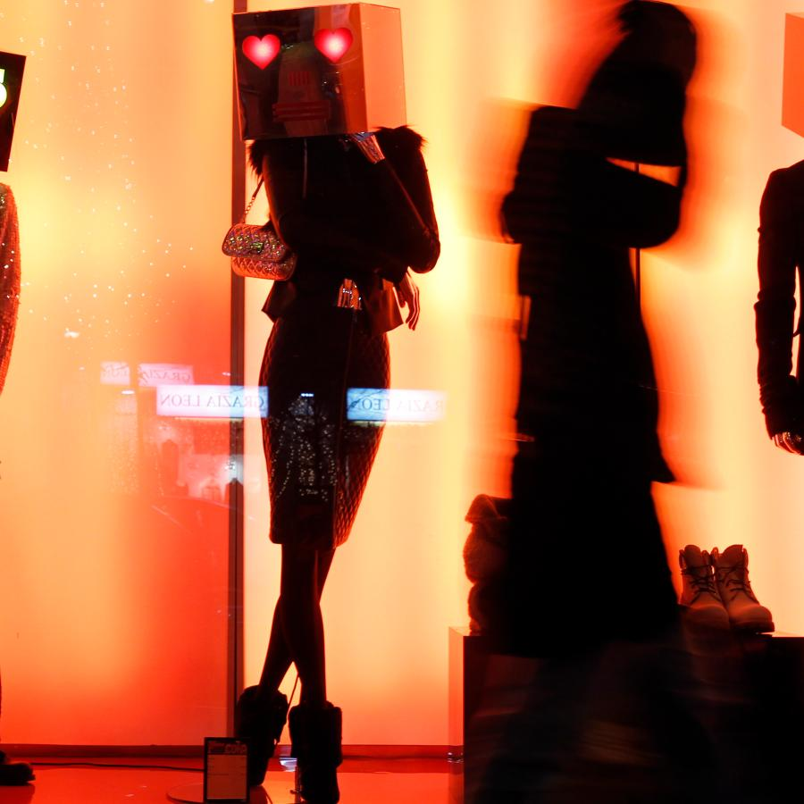 Store mannequins: Fashion's latest body image controversy is
