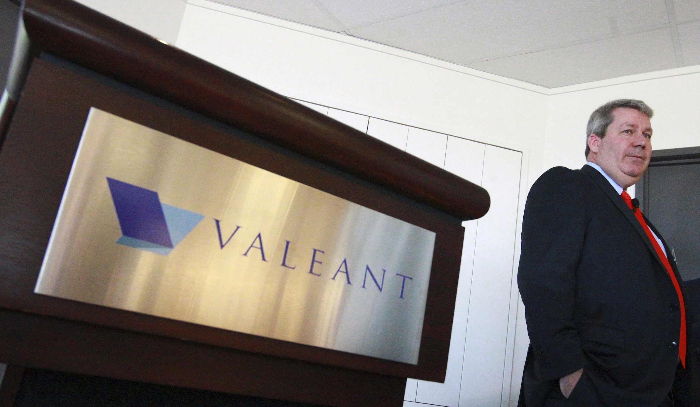 J. Michael Pearson, Chairman of the board and Chief Executive Officer of Valeant Pharmaceuticals International Inc., waits for the start of their annual general meeting in Laval, Quebec May 20, 2014. Canada's Valeant Pharmaceuticals International Inc said it will not make an all-cash bid for drugmaker Allergan Inc as many had expected last week when the company said it would improve its cash and stock offer for the Botox maker.    REUTERS/Christinne Muschi (CANADA - Tags: BUSINESS HEALTH) - RTR3Q13S