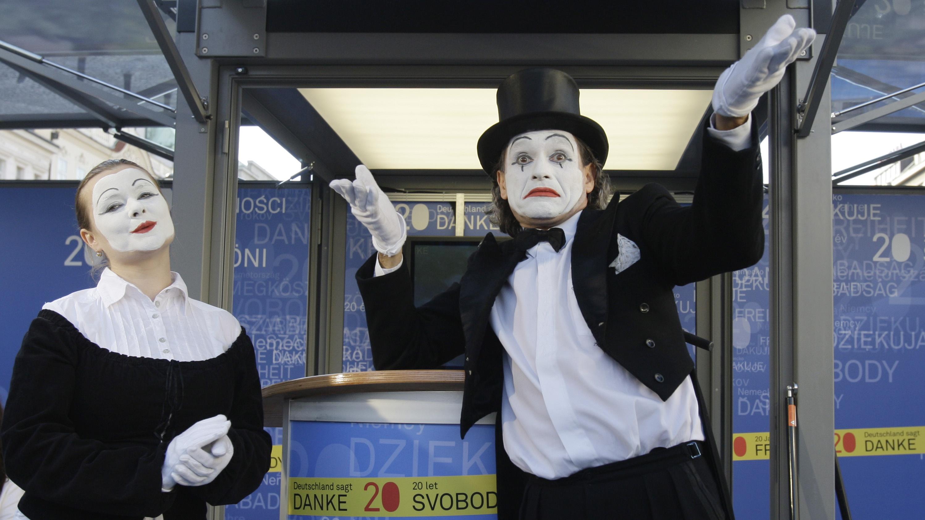 Mimes in Prague, Czech Republic