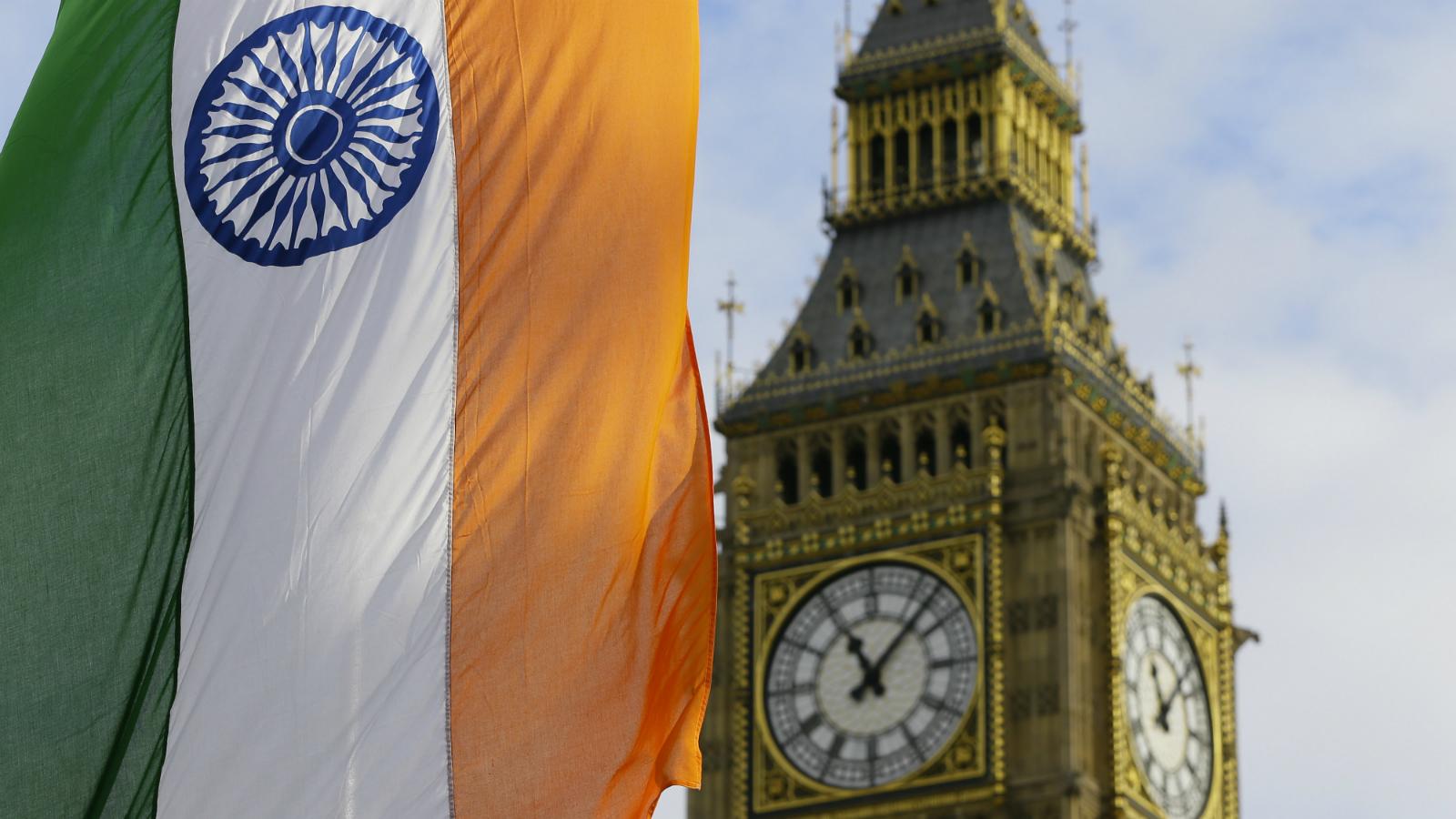 Narendra Modi-London-UK visit-David Cameroon-Queen