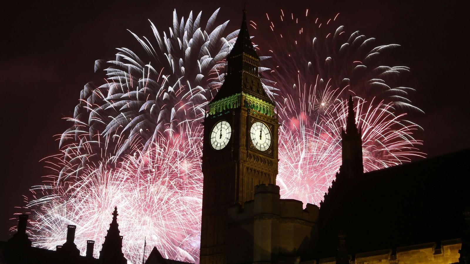 Fireworks explode over Elizabeth Tower housing the Big Ben.
