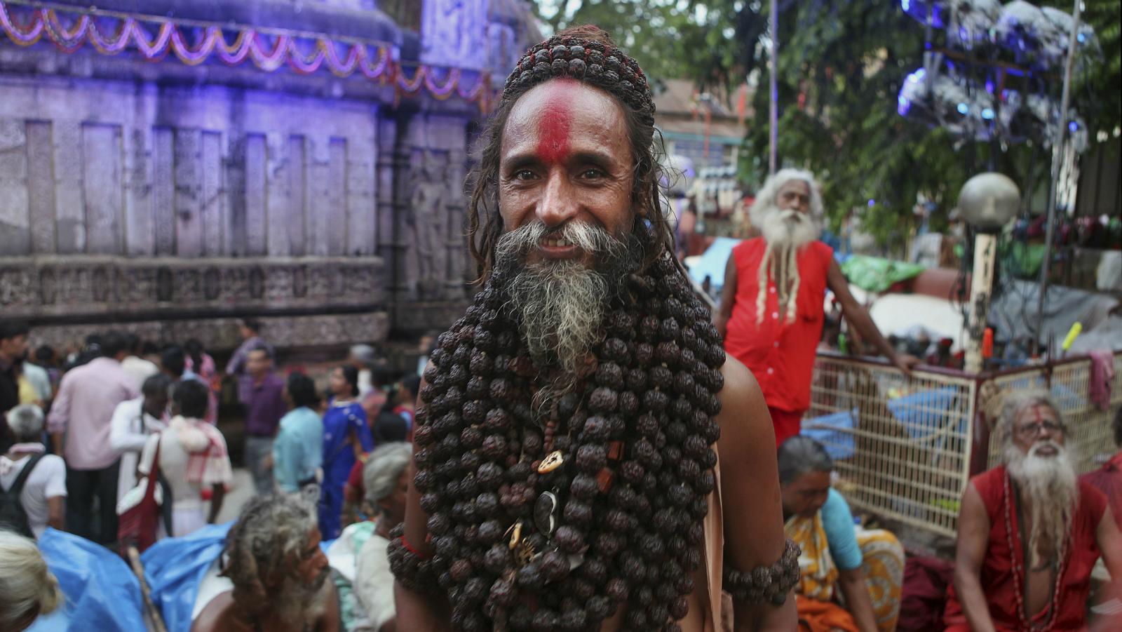 Hindu-man-sadhu