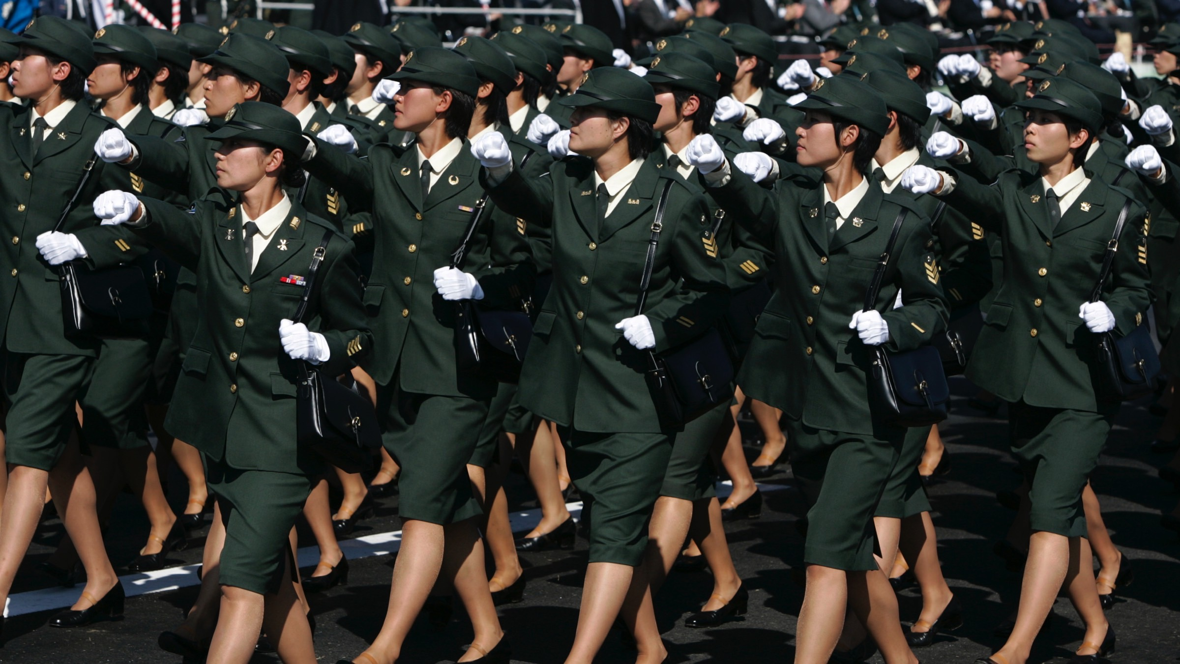 japan-military-wives-forum-naked-titless-ladies