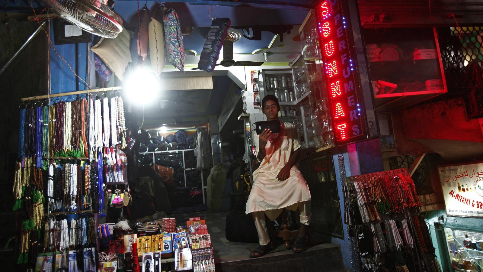 LED-Power-India-Power shortage