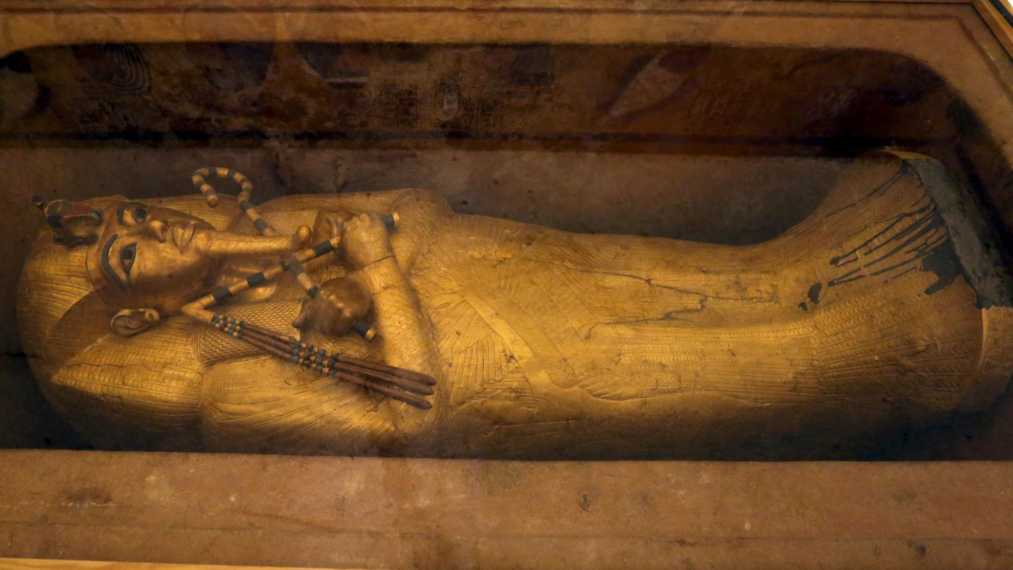 Radar points to a hidden chamber in king Tutankhamun's tomb