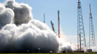 The Falcon 9 SpaceX rocket lifts off from launch complex 40 at the Cape Canaveral Air Force Station in Cape Canaveral, Fla., Tuesday, April 14, 2015. The rocket is transporting more than 4,300 pounds of supplies and payloads, including critical materials to directly support research at the International Space Station. (AP Photo/John Raoux)