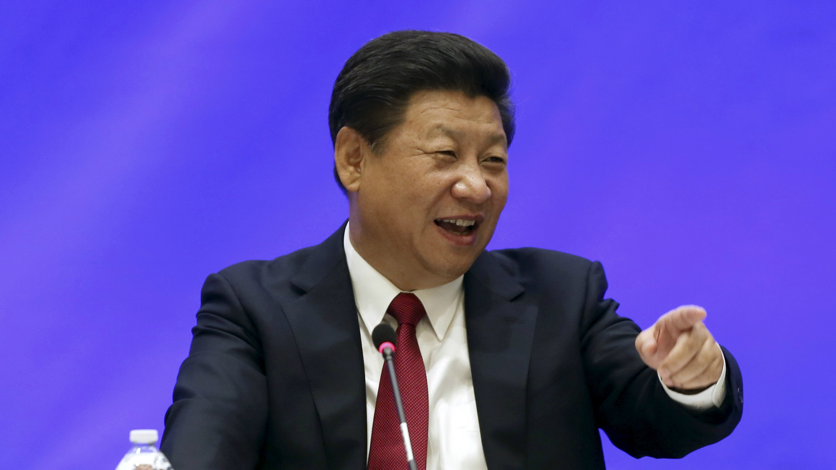 Matt McKnightHEADLINE:Chinese President Xi Jinping speaks during a meeting with five United States governors to discuss clean...