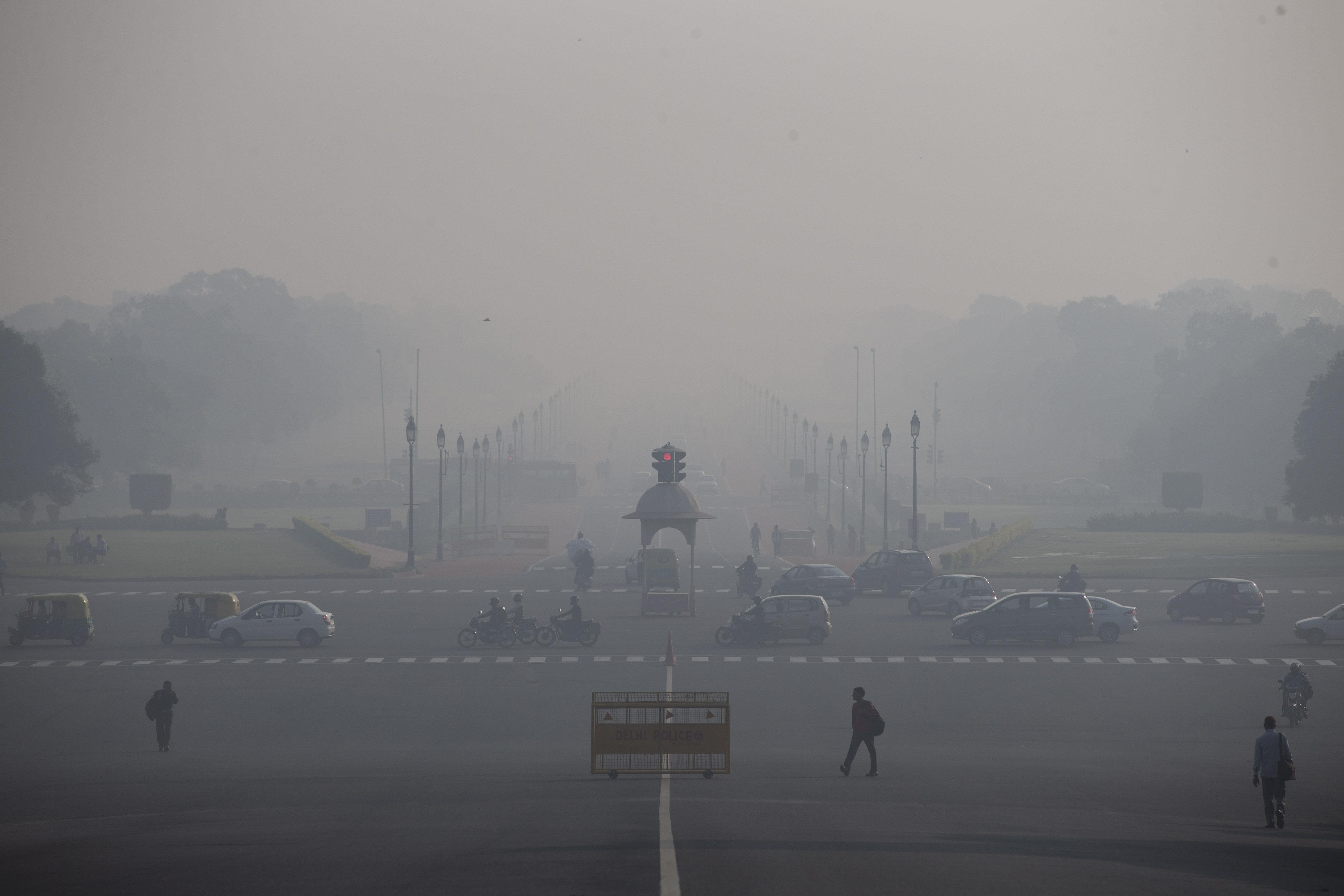 New Delhi-Pollution-Air-Narendra Modi-Toxic-Smog-Beijing-Paris climate talks