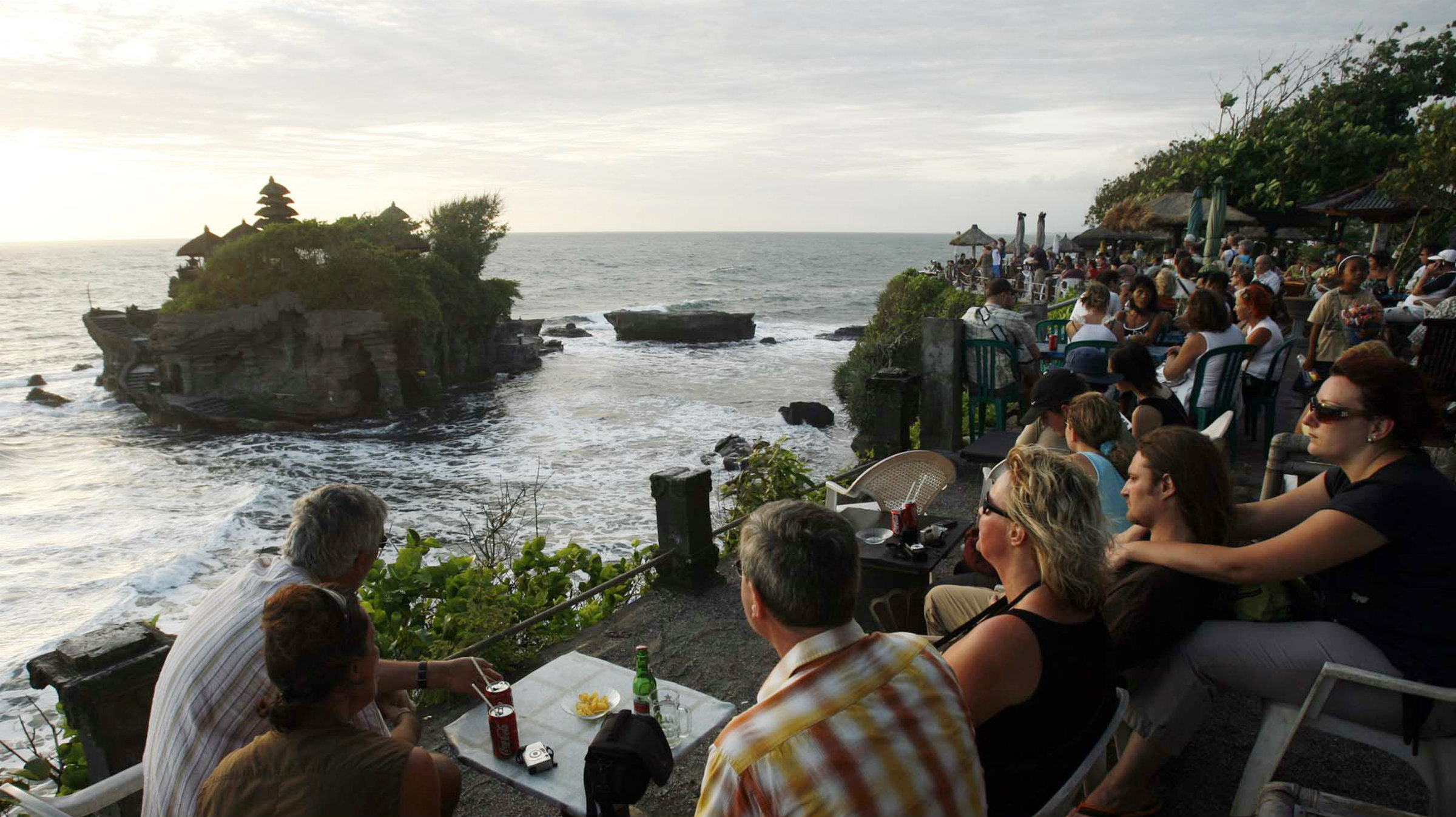 Bali overlooking the Tanah Lot Temple
