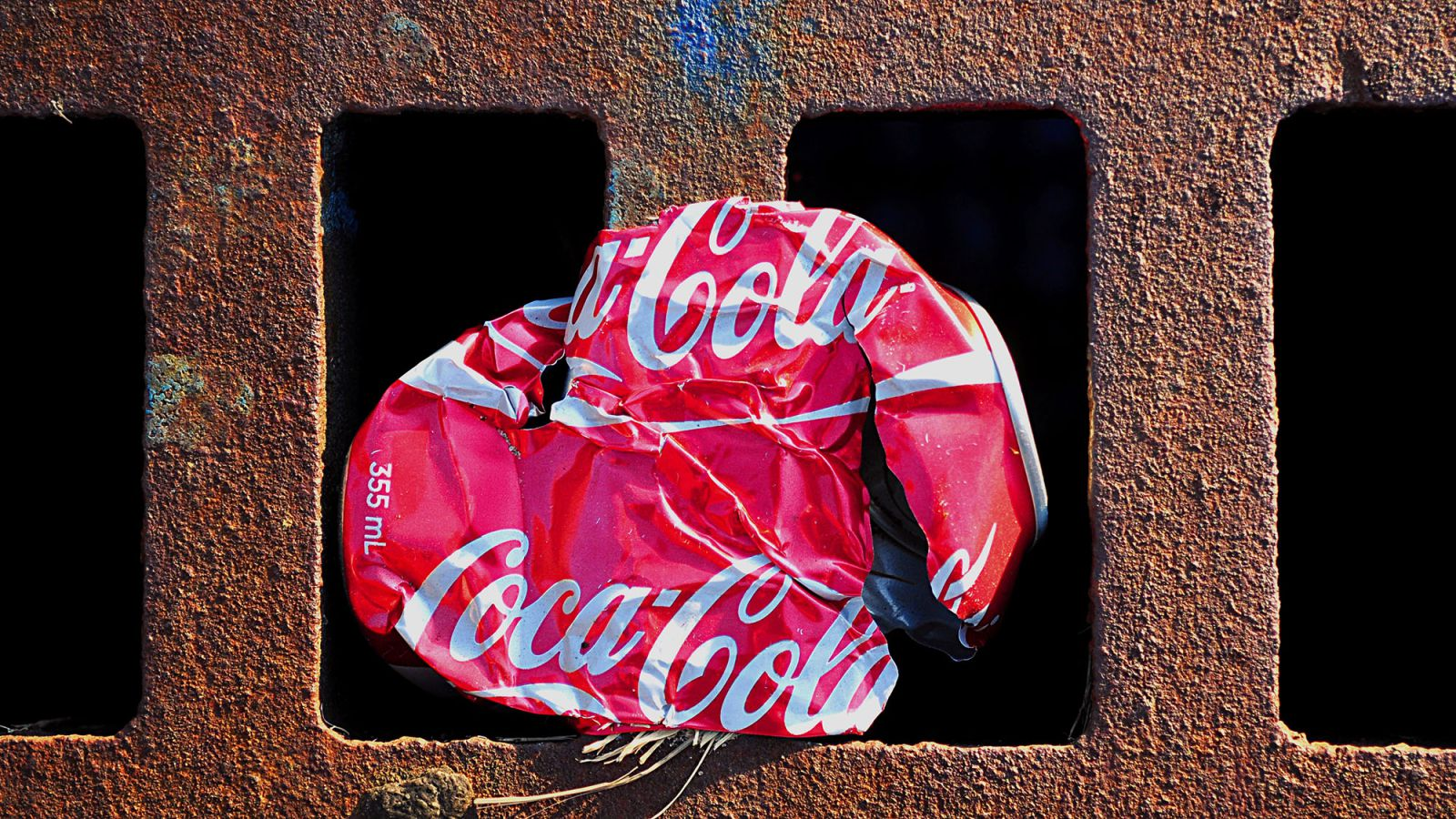 coca-cola-crushed-1