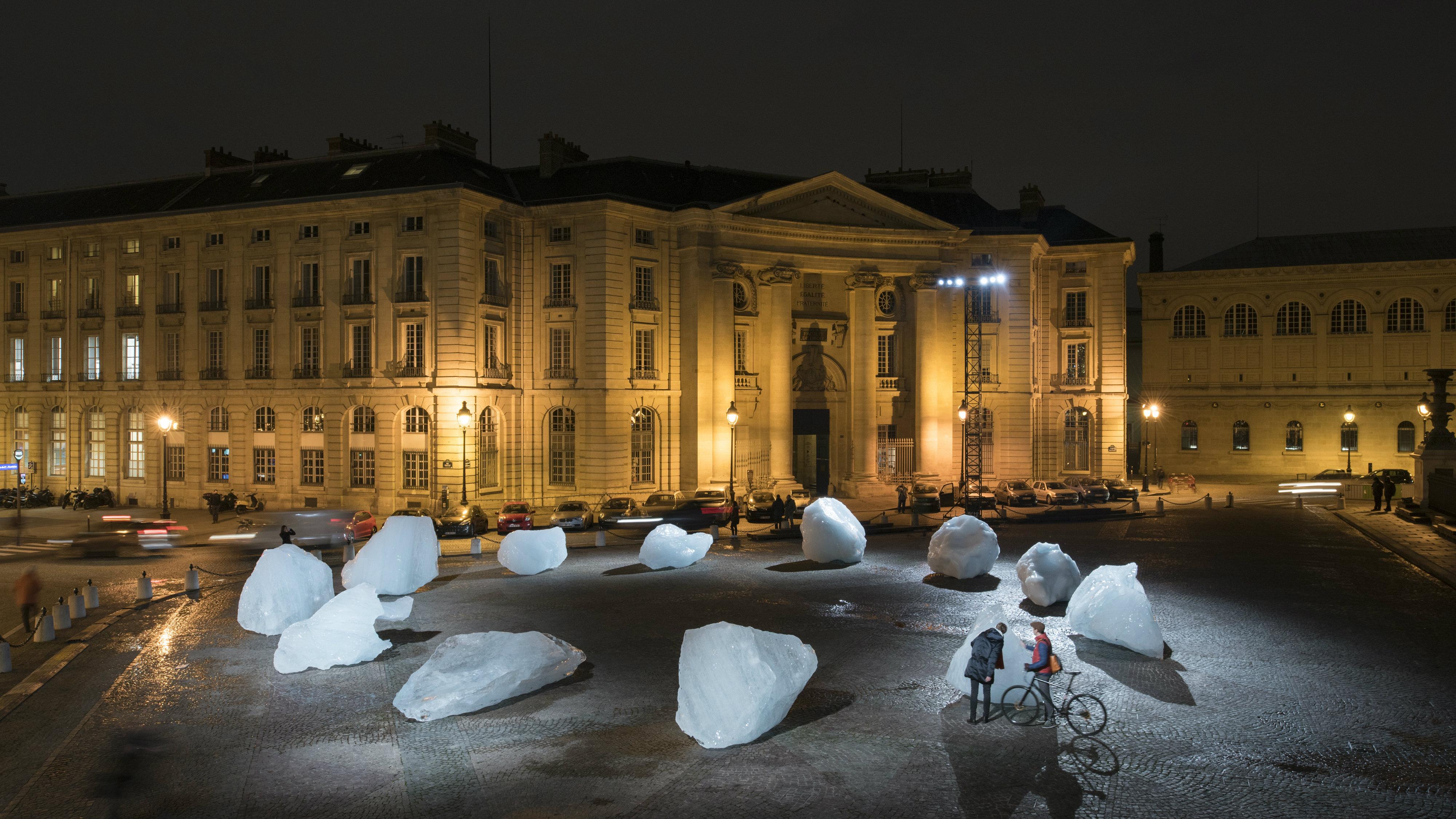 Ice Watch, Paris 2015.