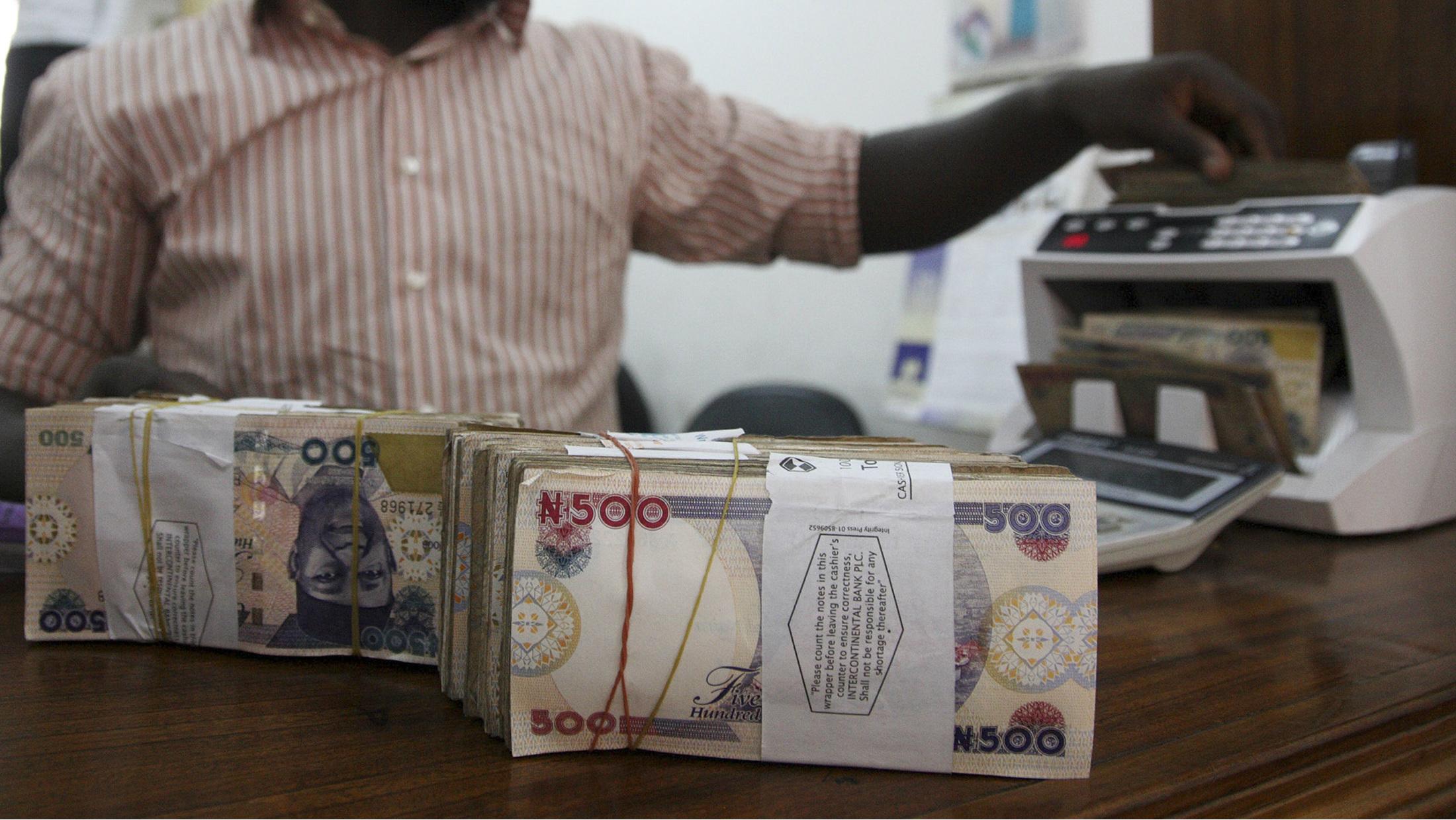 When does forex market open in nigeria
