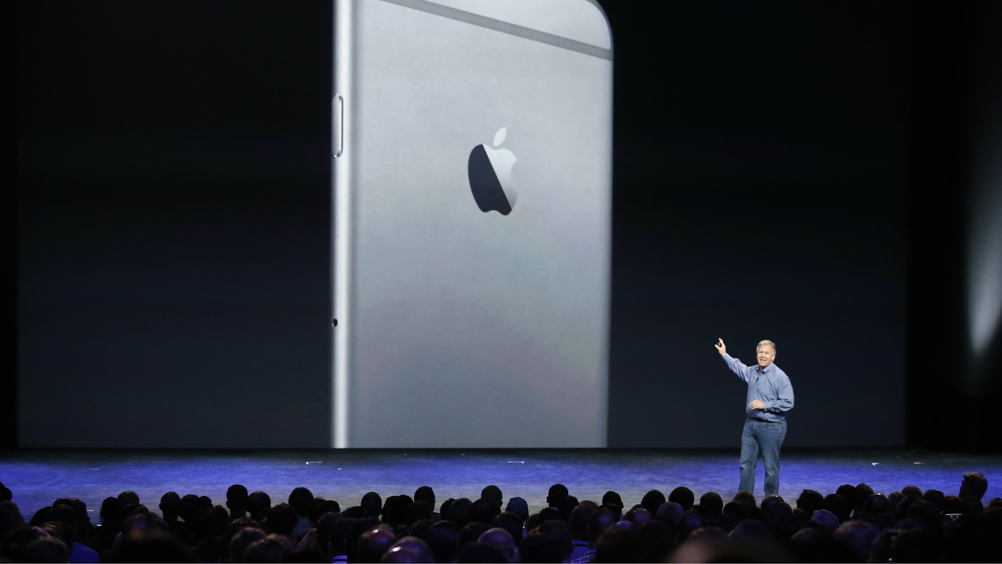 phil schiller and iphone