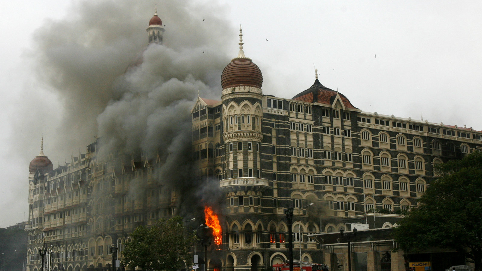 The Taj Mahal hotel is seen engulfed in smoke during a gun battle in Mumbai November 29, 2008. Operations to dislodge militants at the Taj Mahal hotel in Mumbai ended on Saturday, security officials said, and at least three Islamist gunmen were killed.