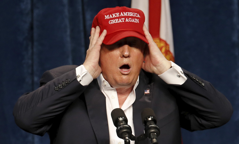 U.S. Republican presidential candidate Donald Trump speaks at a rally in Sarasota, Florida November 28, 2015.  REUTERS/Scott Audette  - RTX1W9TK