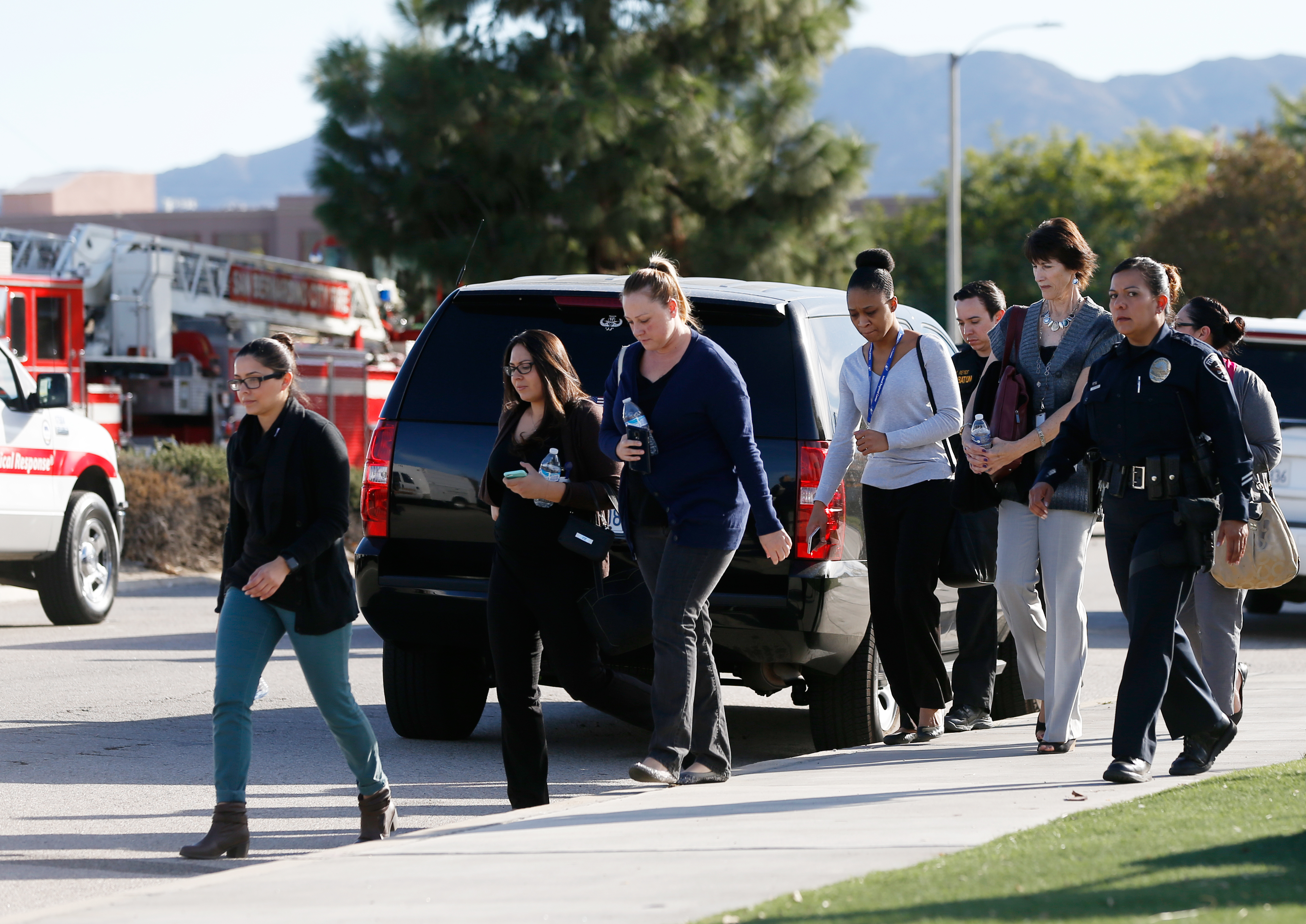 """The San Bernardino Police Department said on Twitter that it had """"confirmed 1 to 3 possible suspects"""" and multiple victims in the shooting. The agency called it an """"active shooter"""" incident. REUTERS/Mario Anzuoni - RTX1WWLD"""