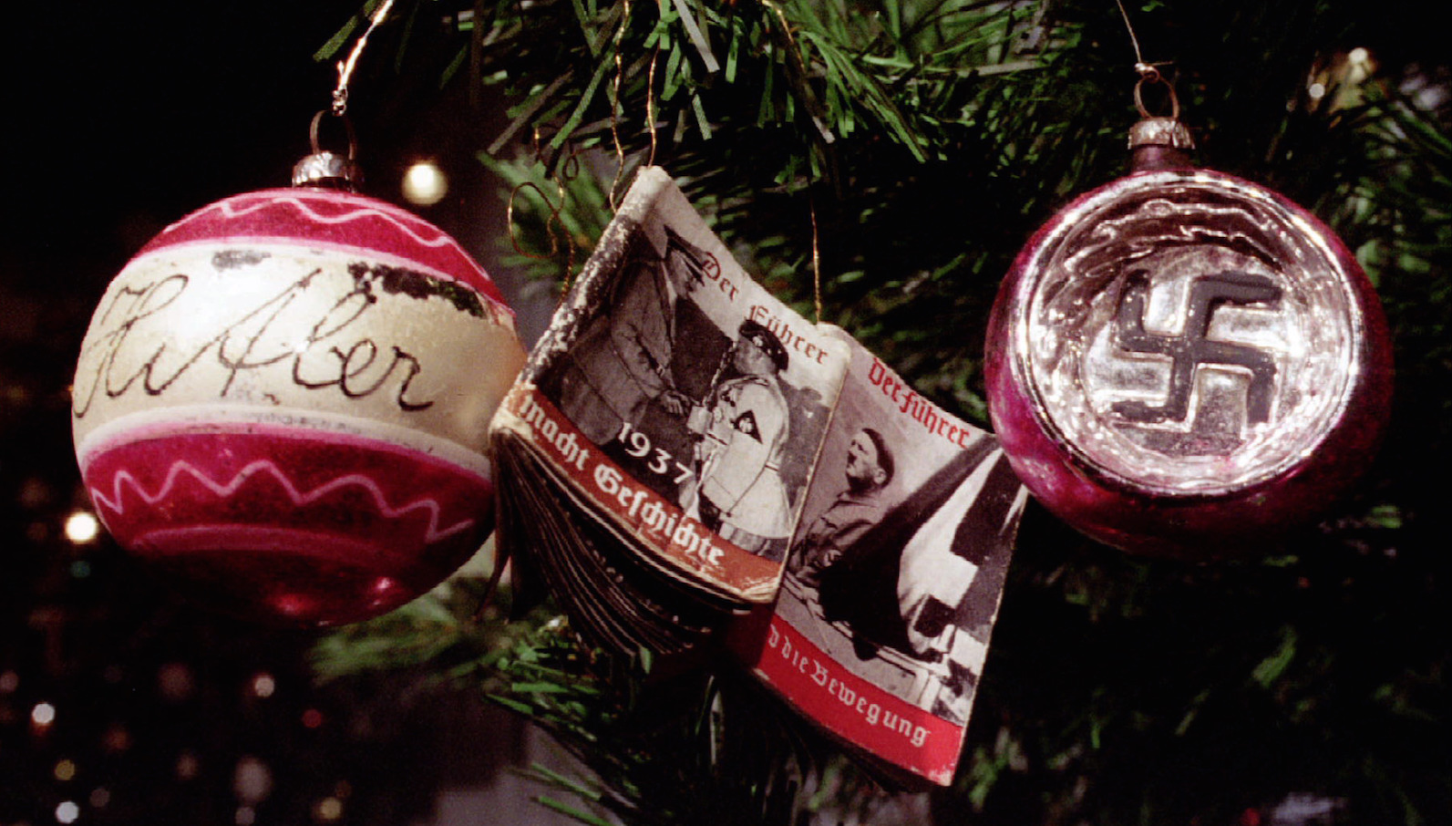 A Christmas tree decorated with NAZI symbols, a Hitler picture and a photograph of Adolf Hitler's me..