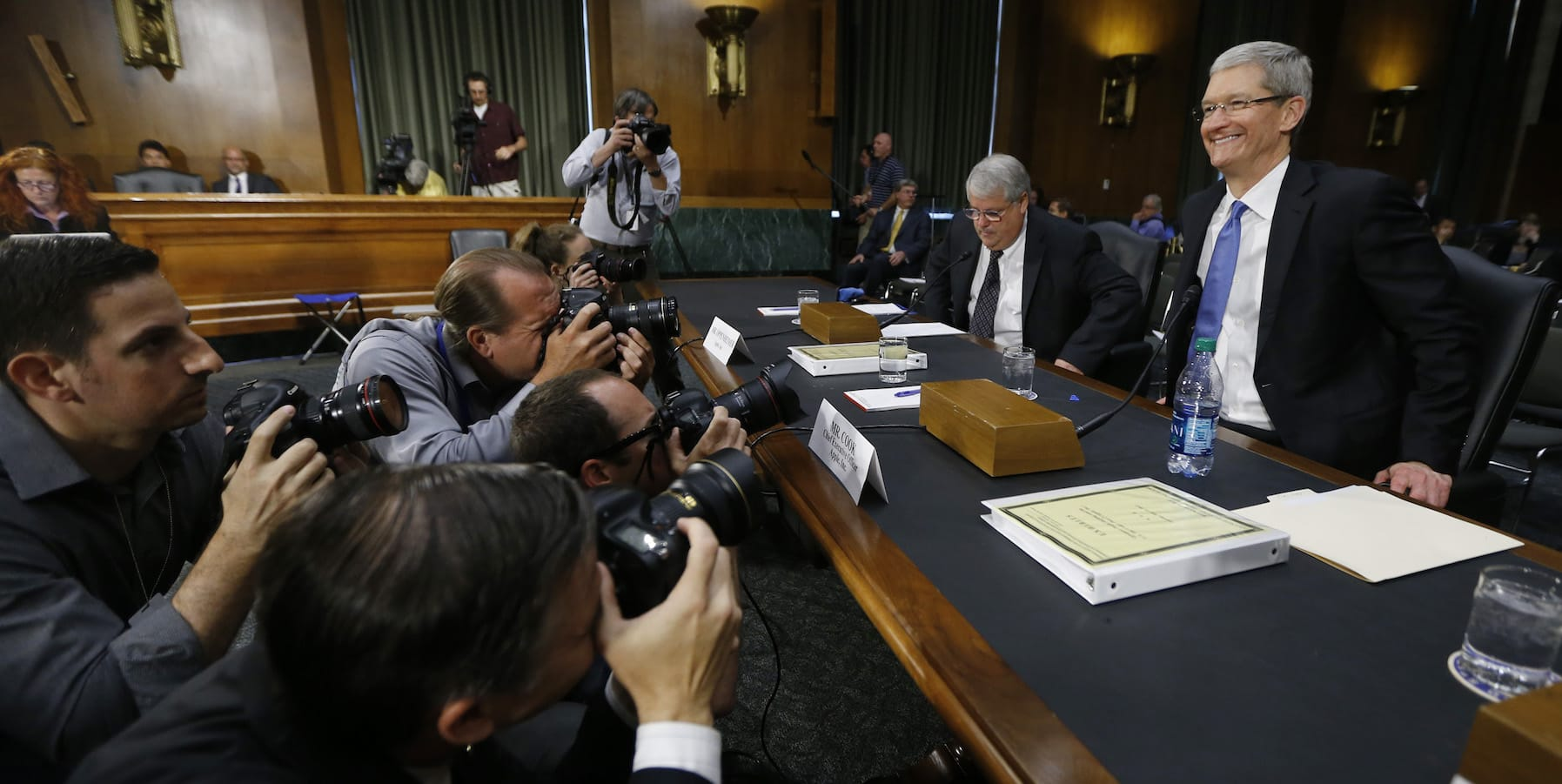 Tim Cook at a 2013 US Senate hearing on tax affairs