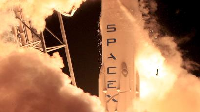 A remodeled version of the SpaceX Falcon 9 rocket lifts off at the Cape Canaveral Air Force Station on the launcher's first mission since a June failure in Cape Canaveral, Florida, December 21, 2015. The rocket carried a payload of eleven satellites owned by Orbcomm, a New Jersey-based communications company. The first stage returned to land following launch.
