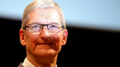Apple CEO Tim Cook attends the inauguration of the academic year at the Bocconi University, in Milan, Italy, Tuesday, Nov.10, 2015.