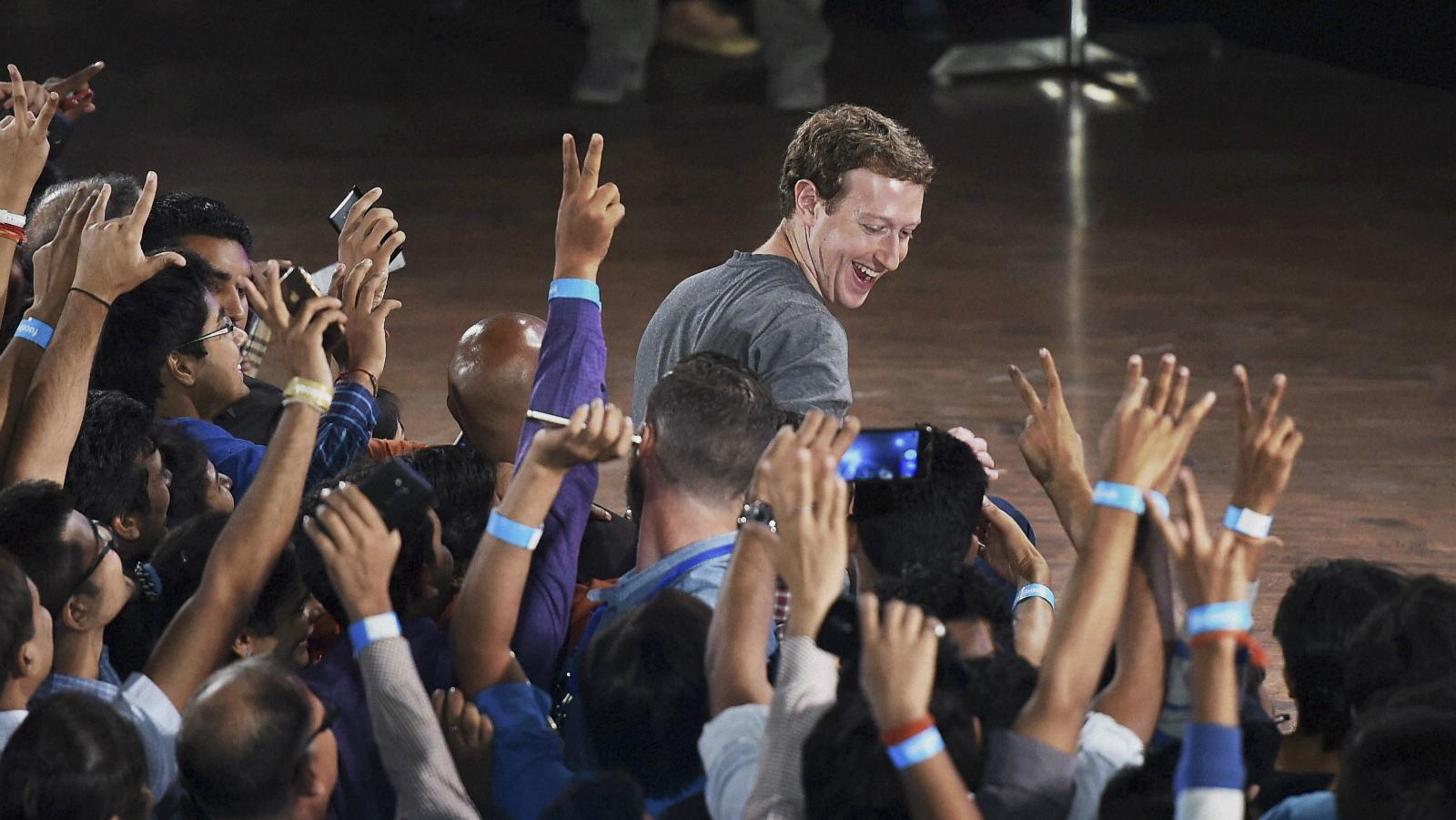 India-philanthropist-rich