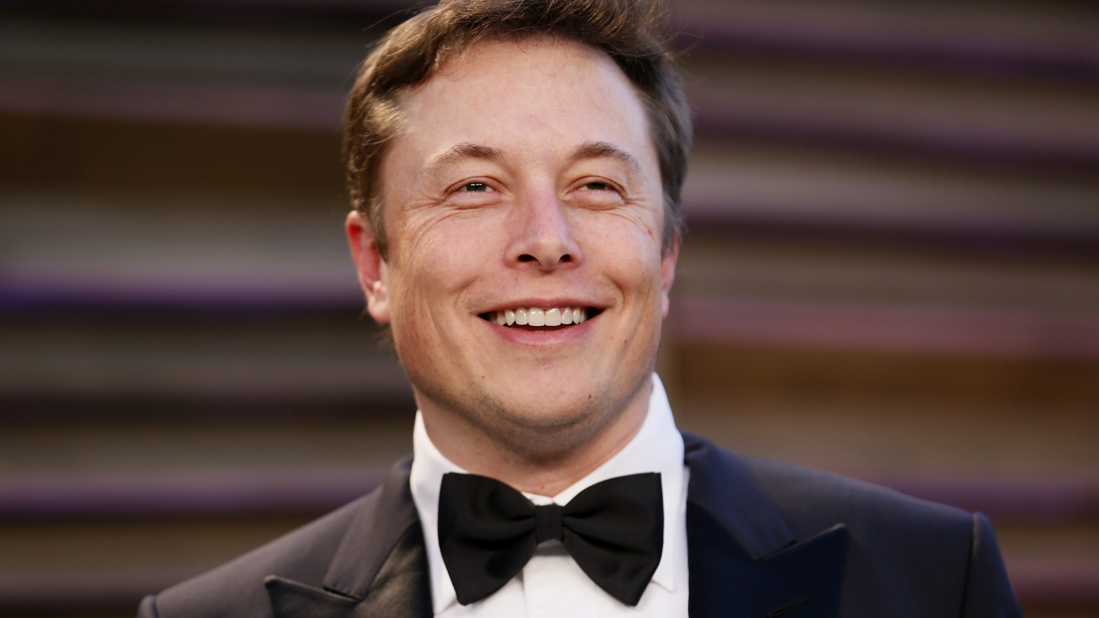 Chief Executive of SpaceX and Tesla Motors Elon Musk arrives at the 2014 Vanity Fair Oscars Party in West Hollywood, California March 2, 2014. REUTERS/Danny Moloshok (UNITED STATES - Tags: ENTERTAINMENT BUSINESS HEADSHOT)(OSCARS-PARTIES)