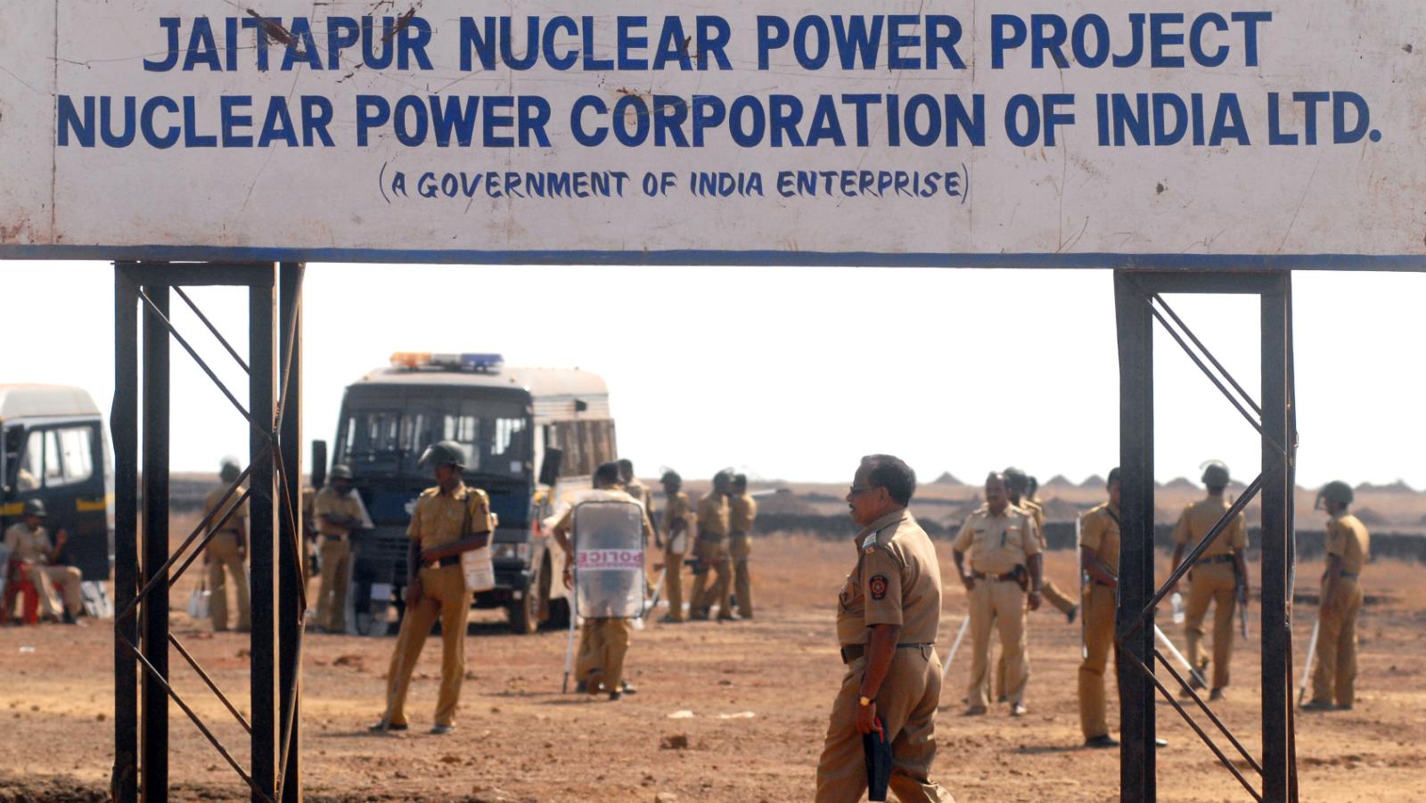 Francois Hollande-Narendra Modi-India-Nuclear plant-Jaitapur-Nuclear energy