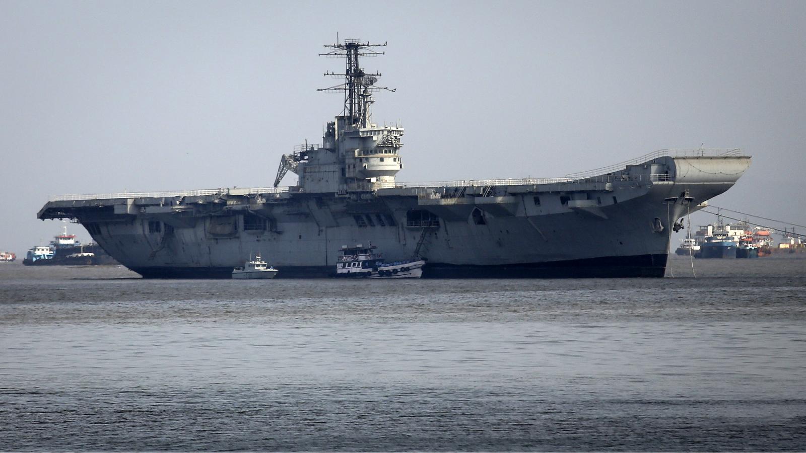 INS Vikrant-Bajaj-Bajaj V-Warship