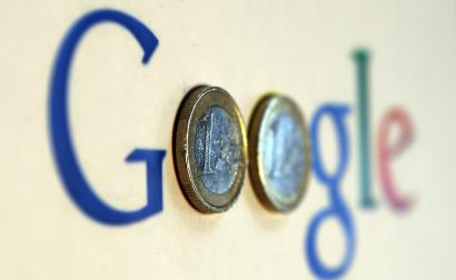 A google logo with two Euro coins for the 'o's.