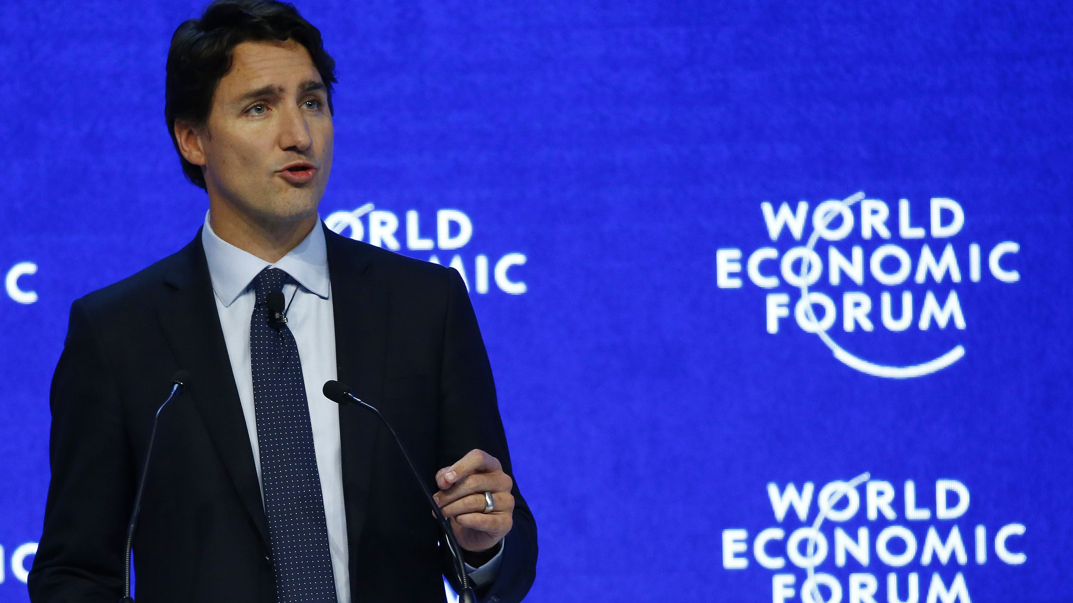 """Justin Trudeau, Prime Minister of Canada attends the session """"The Canadian Opportunity"""" during the Annual Meeting 2016 of the World Economic Forum (WEF) in Davos, Switzerland January 20, 2016. REUTERS/Ruben Sprich"""