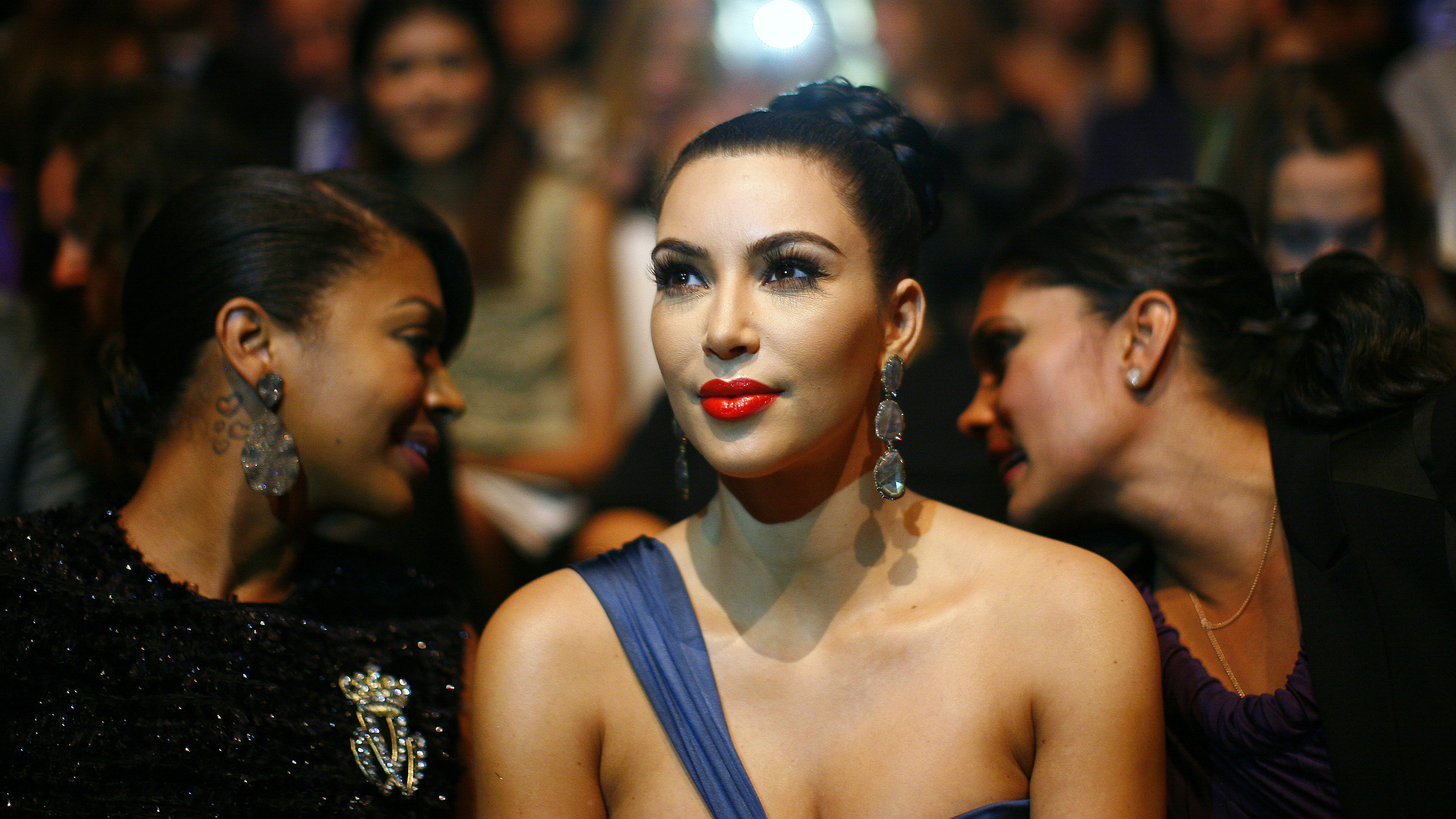Television personality Kim Kardashian attends the Vera Wang Spring/Summer 2012 collection show during New York Fashion Week September 13, 2011. REUTERS/Eric Thayer (UNITED STATES - Tags: ENTERTAINMENT FASHION HEADSHOT TPX IMAGES OF THE DAY)