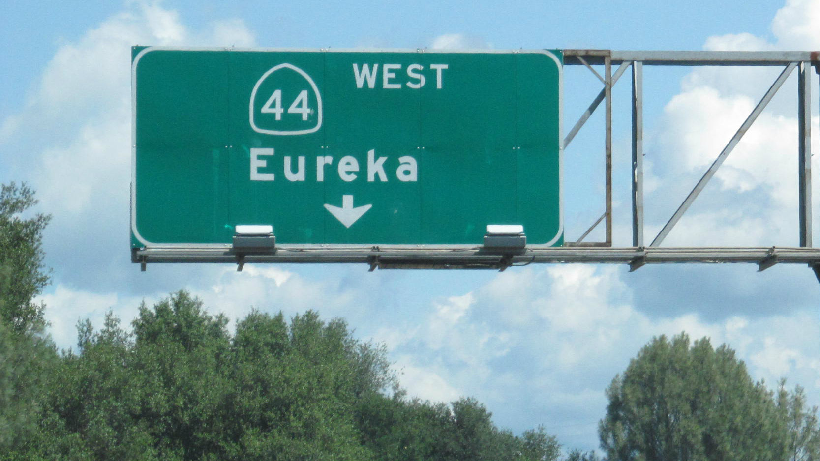 The US government's decision to scrub Clearview font from highway