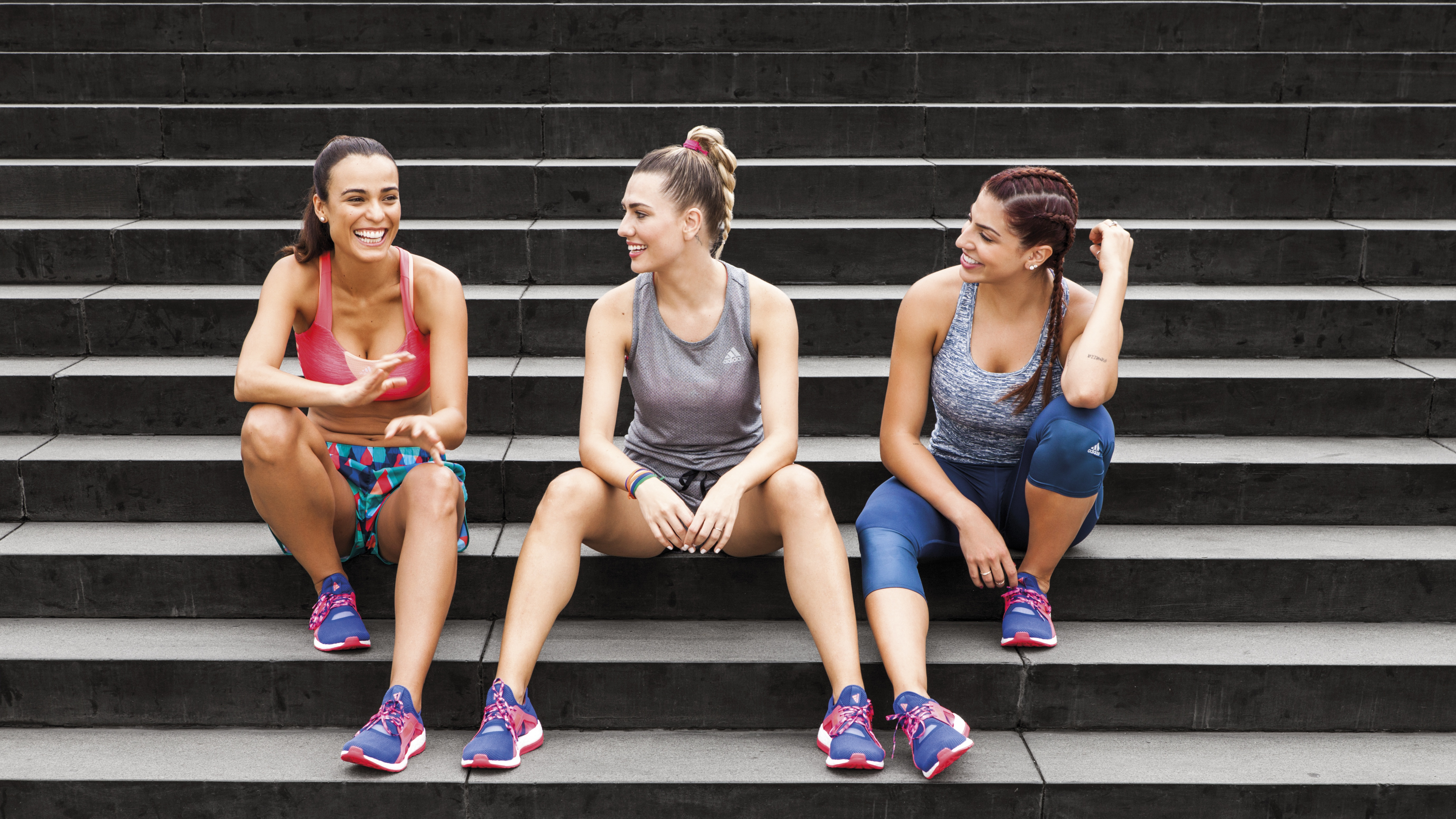 deseo Literatura Raramente  Adidas is launching a sneaker engineered specifically for female runners —  Quartz