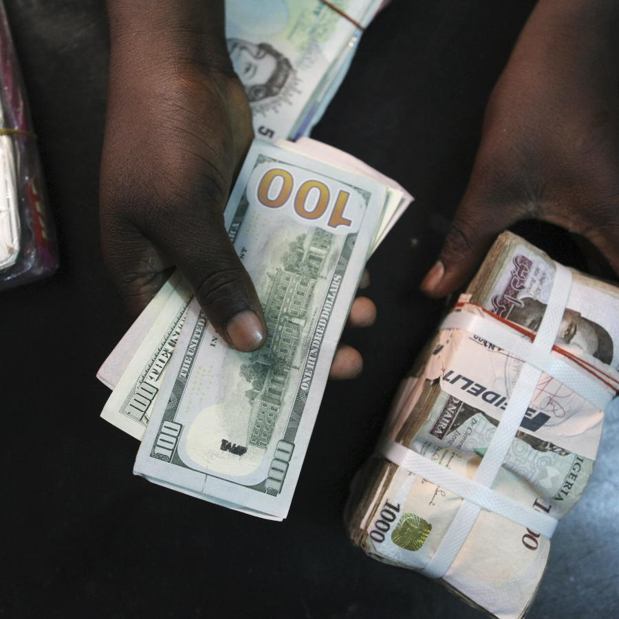 In Nigeria All Anyone Can Talk About Is The Dollar And Fate Of Naira Quartz Africa