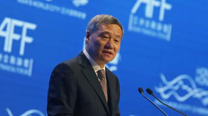 China Securities Regulatory Commission Chairman Xiao Gang addresses the Asian Financial Forum in Hong Kong January 19, 2015. REUTERS/Bobby Yip (CHINA - Tags: POLITICS BUSINESS) - RTR4LXJL
