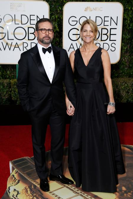 Actor Steve Carell and his wife Nancy arrive at the 73rd Golden Globe Awards in Beverly Hills, California January 10, 2016. REUTERS/Mario Anzuoni - RTX21RVJ