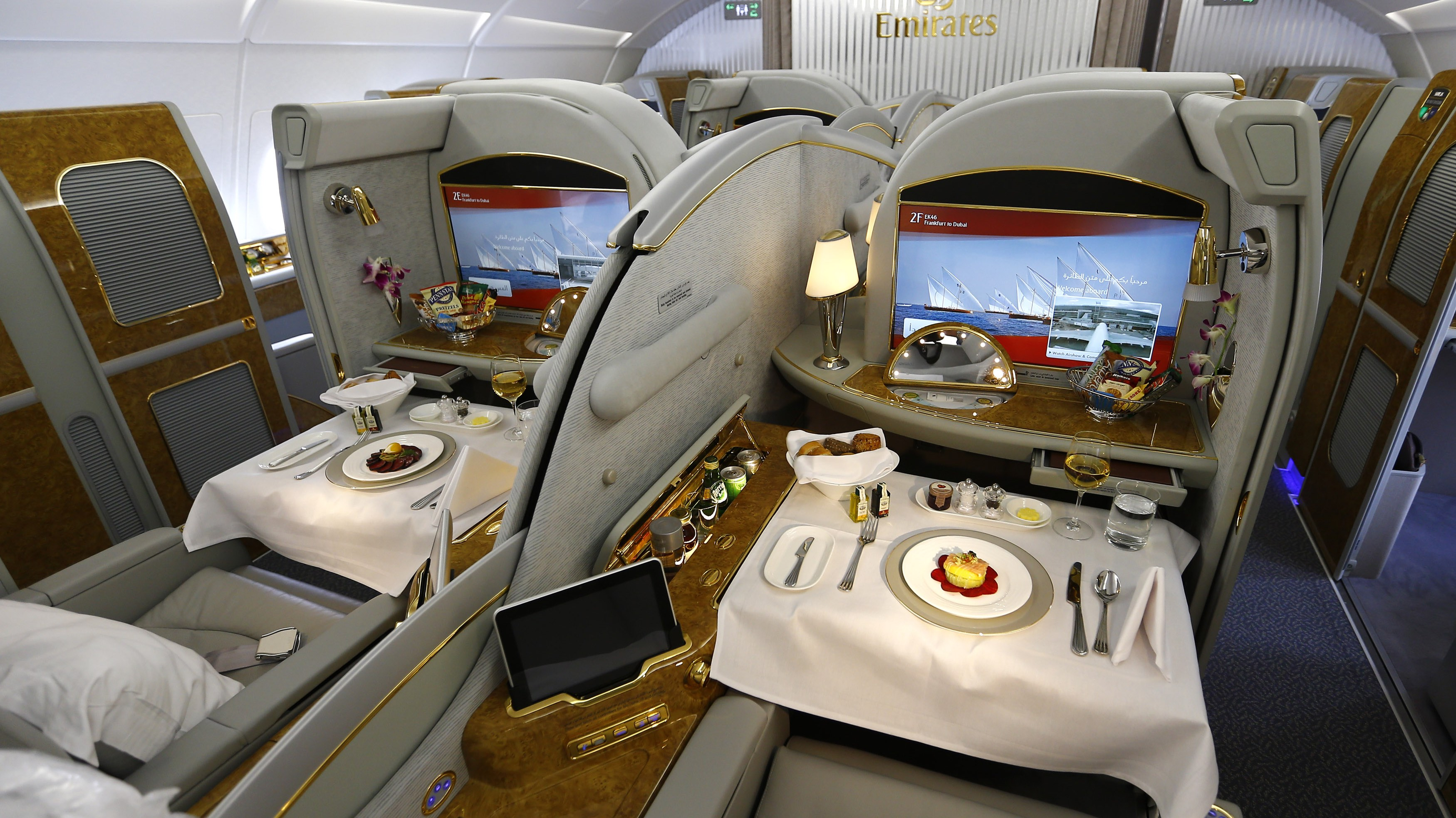Two first class suites are pictured inside an Airbus A380 of United Arab Emirates air carrier Emirates after the first landing of the plane in Frankfurt's airport, September 1, 2014. REUTERS/Kai Pfaffenbach (GERMANY - Tags: TRANSPORT BUSINESS TRAVEL)