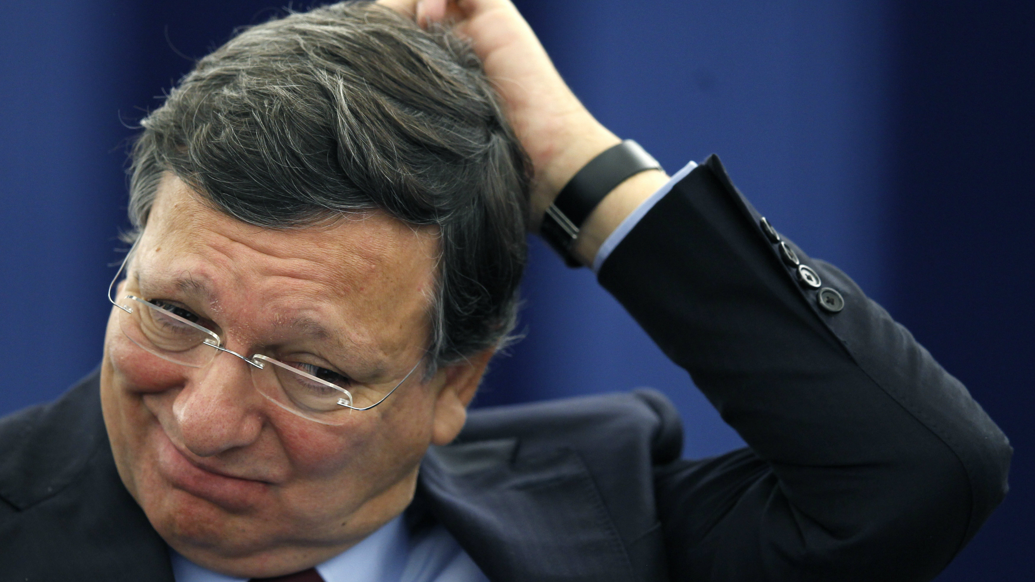 European Commission President Jose Manuel Barroso scratches his head during a debate on the last EU summit in Strasbourg, October 23, 2012. REUTERS/Vincent Kessler (FRANCE - Tags: POLITICS BUSINESS TPX IMAGES OF THE DAY)