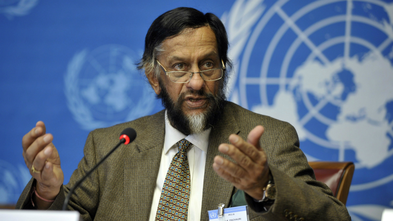 epa04634961 Indian Nobel Peace Price laureate and Chairman of the Intergovernmental Panel on Climate Change (IPCC), Rajendra Kumar Pachauri, speaks during a press briefing about the Task Force on National Greenhouse Gas Inventories at the United Nations in Geneva, Switzerland, 07 June 2012. Pachauri, a top United Nations climate official who was accused of sexually harassing a female colleague stepped down from his position on 24 February 2015. Rajendra Pachauri, 74, chairman of the UN's Intergovernmental Panel on Climate Change, was accused of harassing a 29-year-old researcher at his Delhi-based think tank. The IPCC made the announcement at a high-level meeting in the Kenyan capital Nairobi and said the panel's vice-chair, Ismail El Gizouli, was designated as acting chief. EPA/MARTIAL TREZZINI
