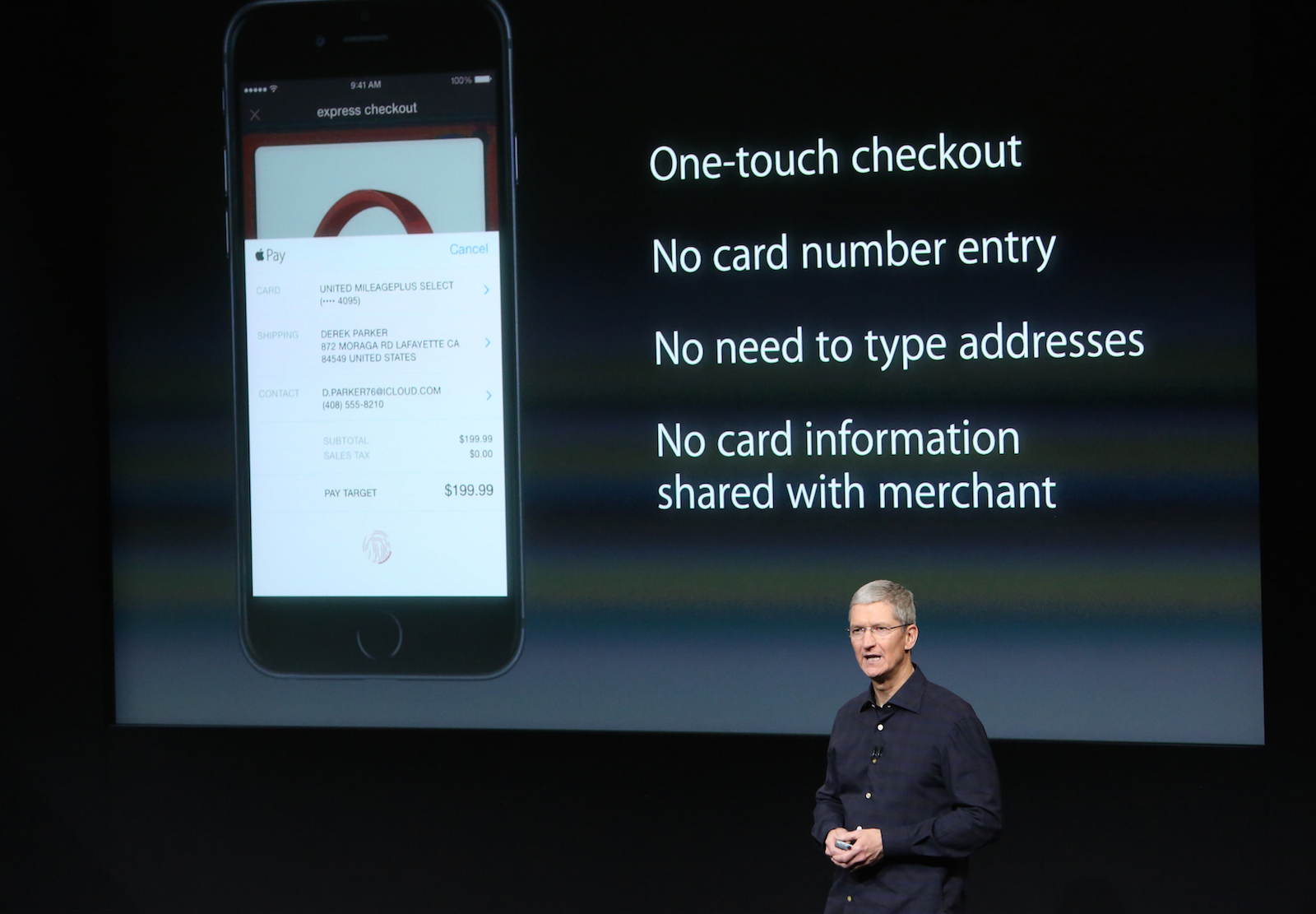 Apple CEO Tim Cook speaks about the Apple Pay service during a presentation at Apple headquarters in Cupertino, California October 16, 2014.