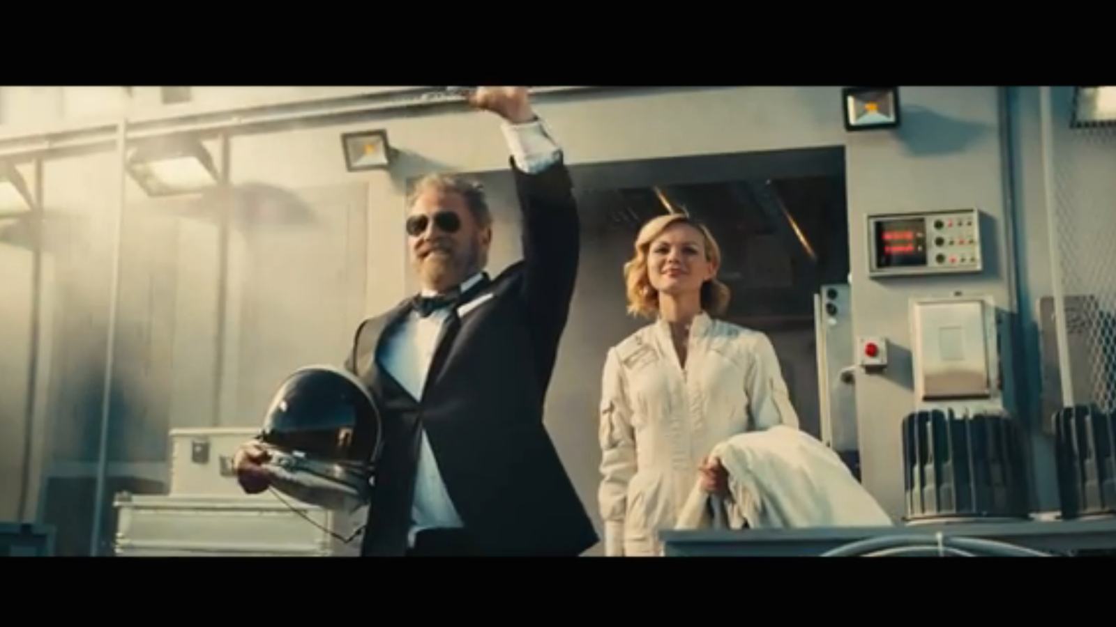 dos equis is switching out the actor in their most interesting man