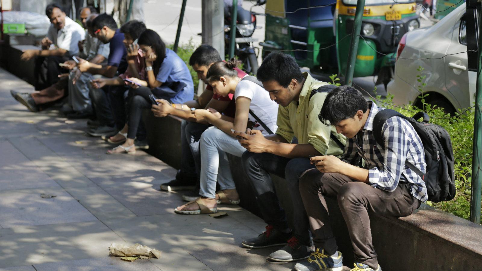 India-mobile-banks-rbi