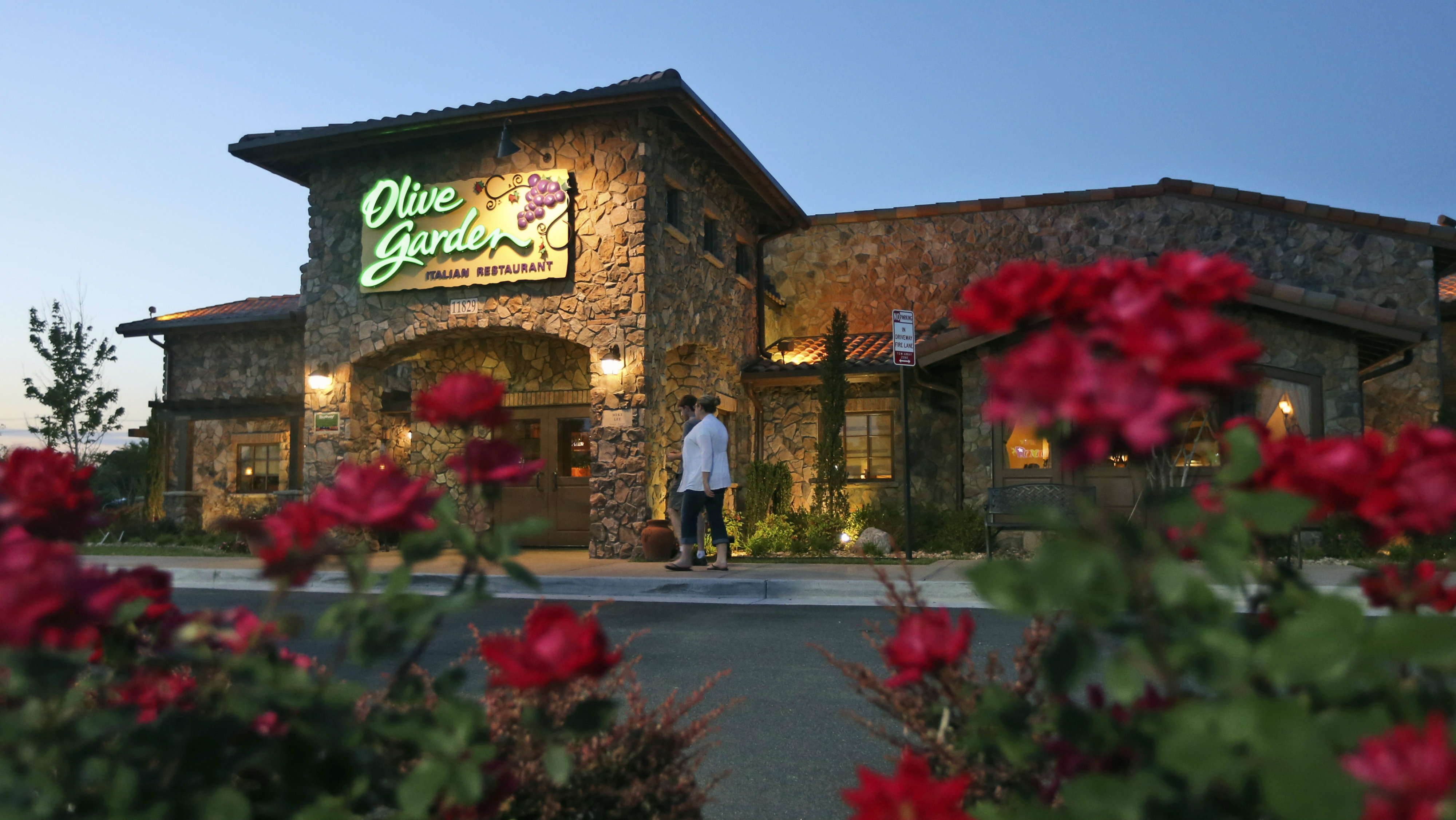 Olive garden hours today