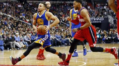 Will Stephen Curry sell more sneakers than LeBron James this year ... 6c10d3e3718