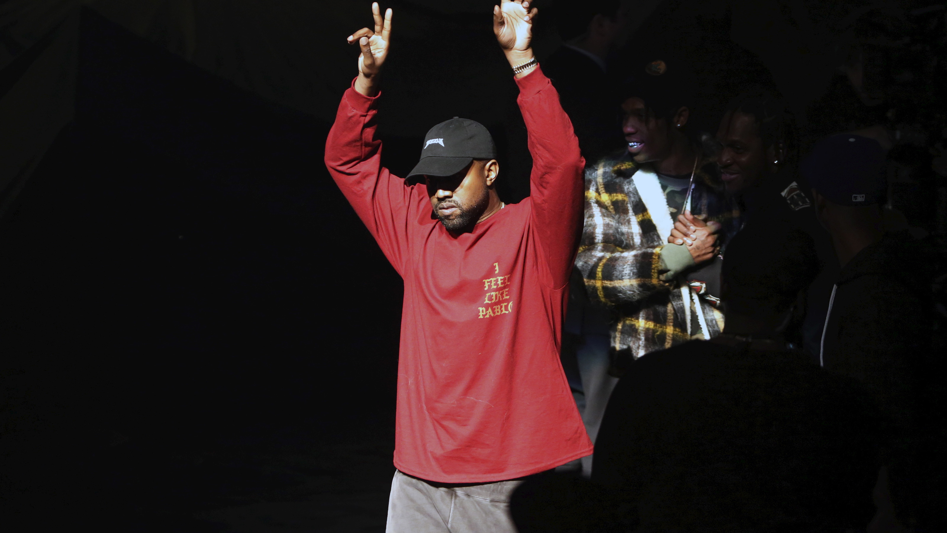 """Kanye West acknowledges attendees before his Yeezy Season 3 Collection presentation and listening party for the """"The Life of Pablo"""" album during New York Fashion Week February 11, 2016. REUTERS/Andrew Kelly  - RTX26KR1"""