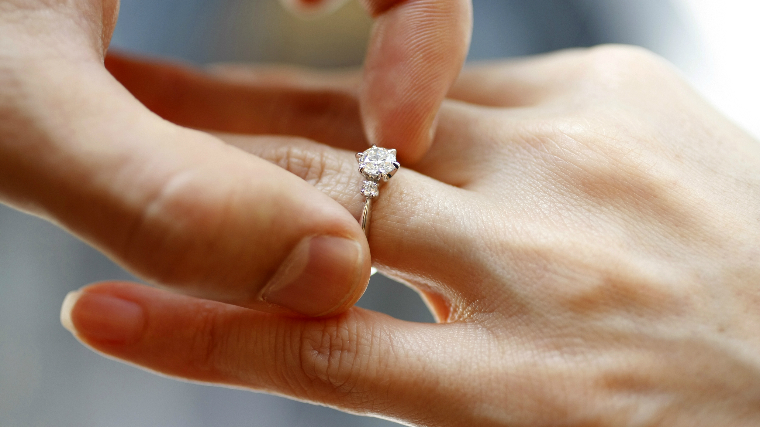 0f5b1aef1 It was a grey afternoon in February when I gave Martin his diamond back. He  was already waiting at a window-side table at the Gramercy Park Hotel when  I ...