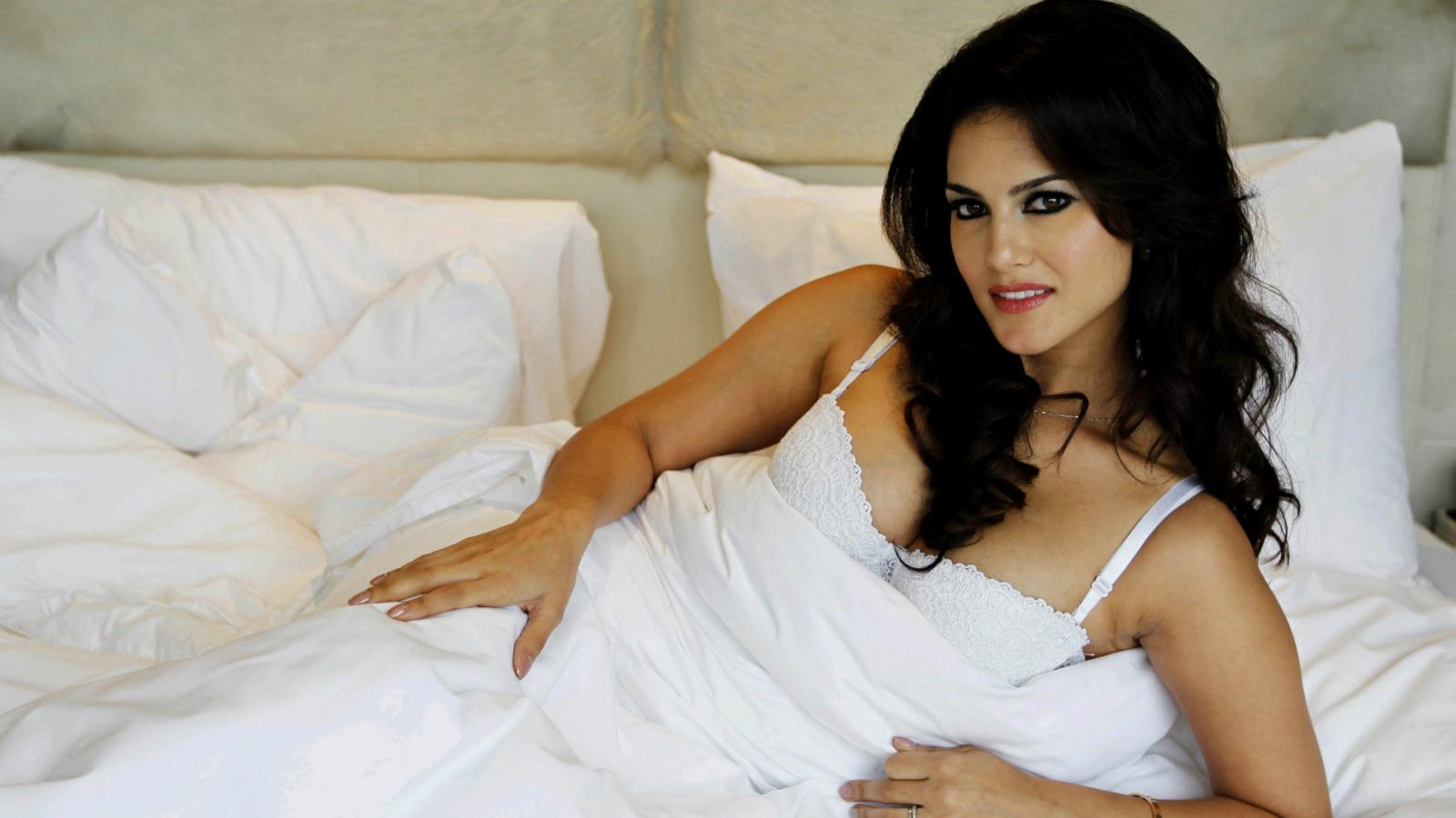 Sunny Leone-Rajat gupta-Juggernaut-Books-Publisher