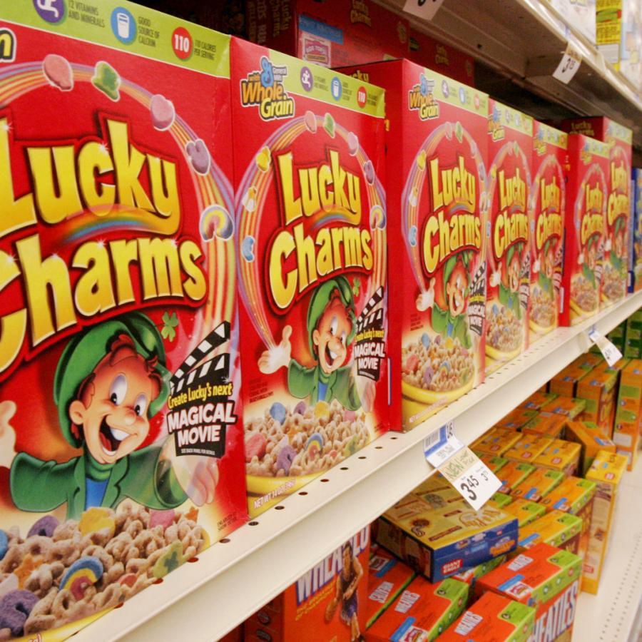 56fa38cfc14 The scientists trying to rid Lucky Charms of artificial colors are baffled  by the marshmallows — Quartz