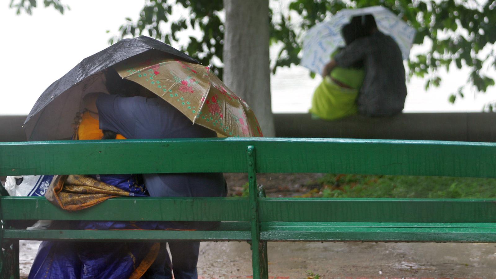 India-Moral policing-Couple-Vigilante