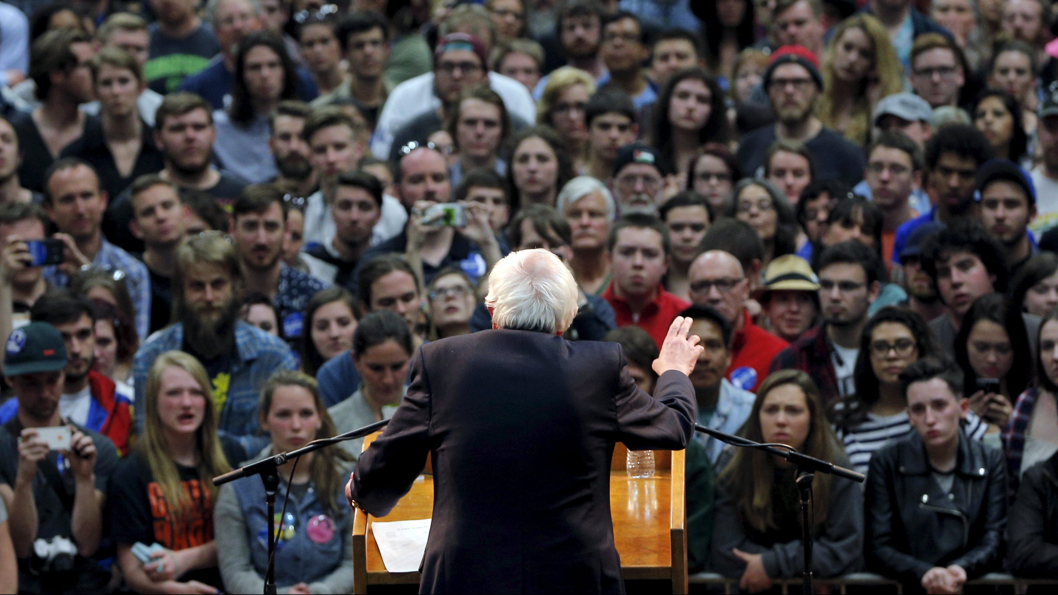 U.S. Democratic presidential candidate and U.S. Senator Bernie Sanders speaks at a campaign rally in Fort Collins, Colorado February 28, 2016.    TPX IMAGES OF THE DAY      - RTS8GEV
